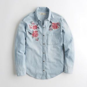 NWT HOLLISTER EMBROIDERED CHAMBRAY SHIRT